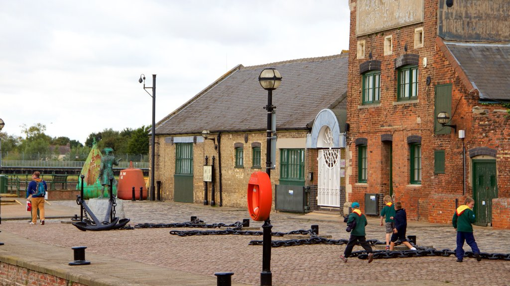 King\'s Lynn showing a bay or harbor