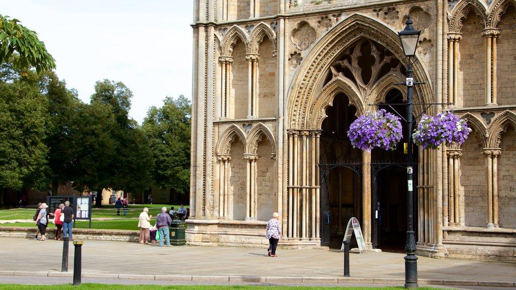 Catredral de Ely que incluye patrimonio de arquitectura, elementos del patrimonio y una iglesia o catedral