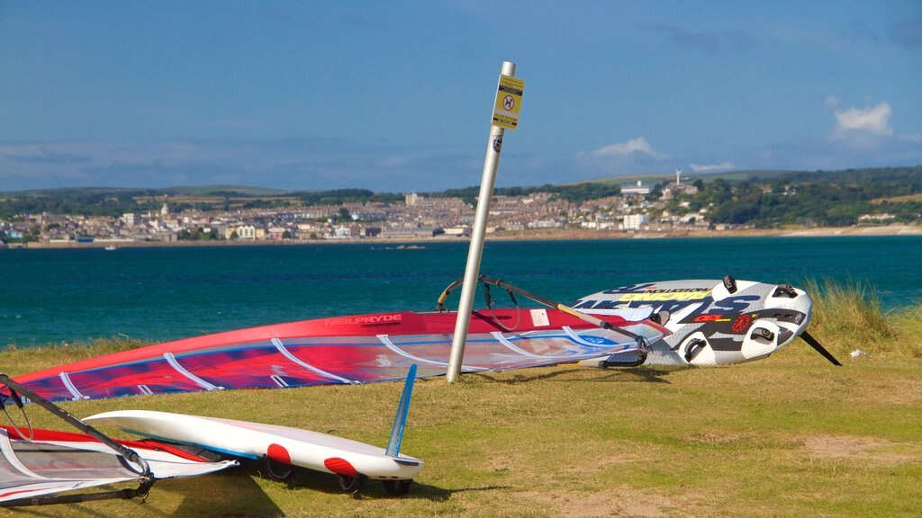 St. Michael\'s Mount showing general coastal views and windsurfing