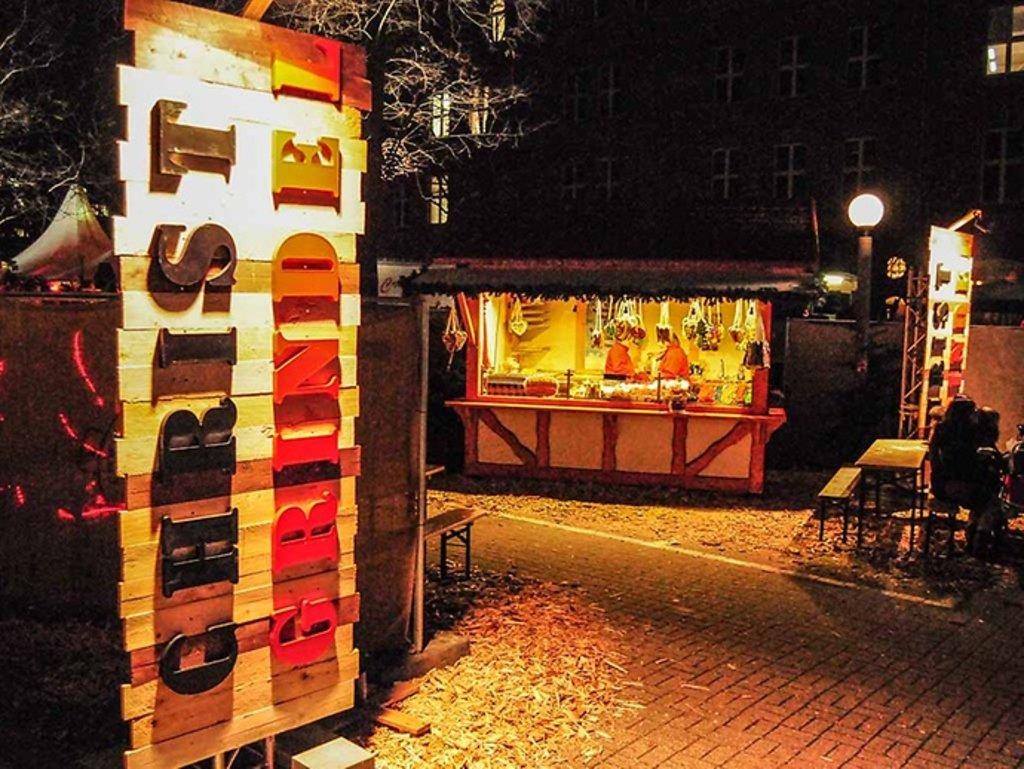 Standgebühr Weihnachtsmarkt Stuttgart.Endspurt Bis Zum Fest Die Besten Weihnachtsmärkte In Hamburg