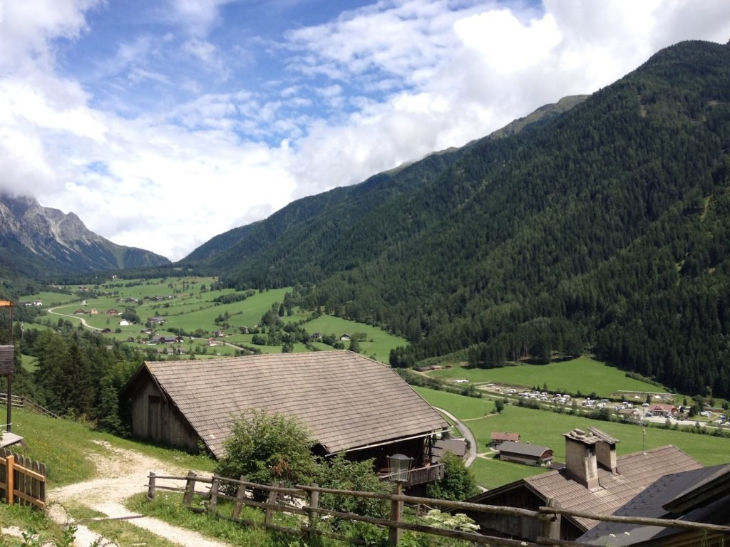 <figcaption>Blick in Richtung Obertal. Foto: Andreas Büchele</figcaption>