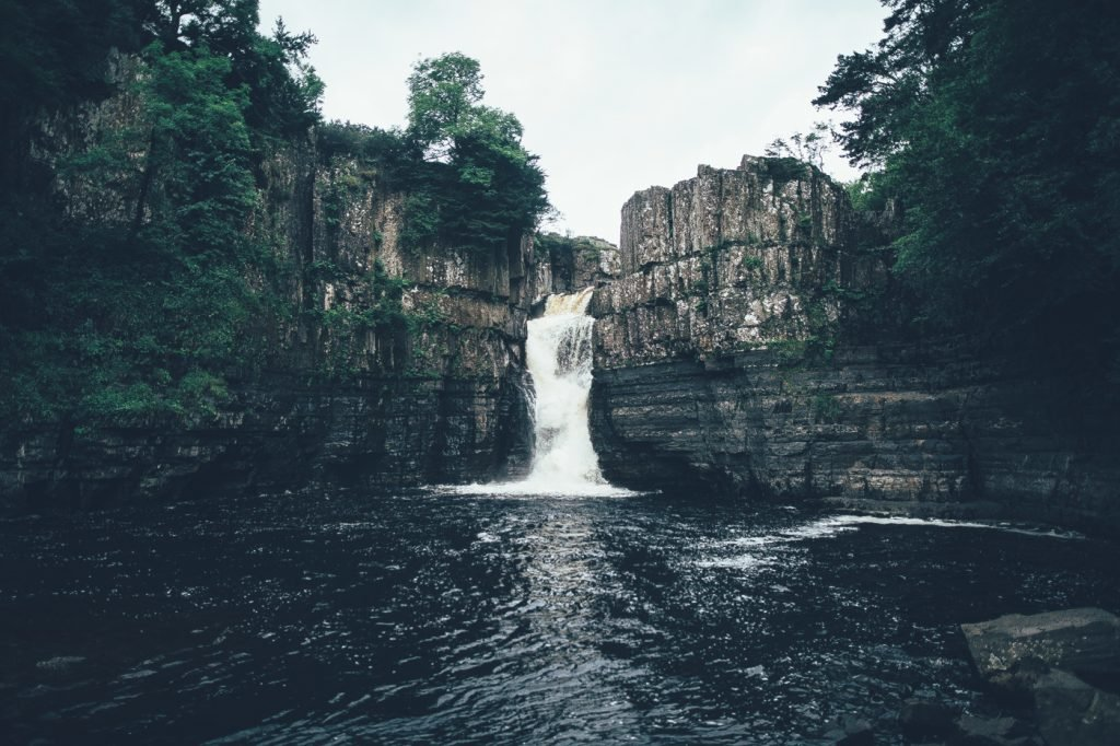 <figcaption>High Force-Wasserfall</figcaption>