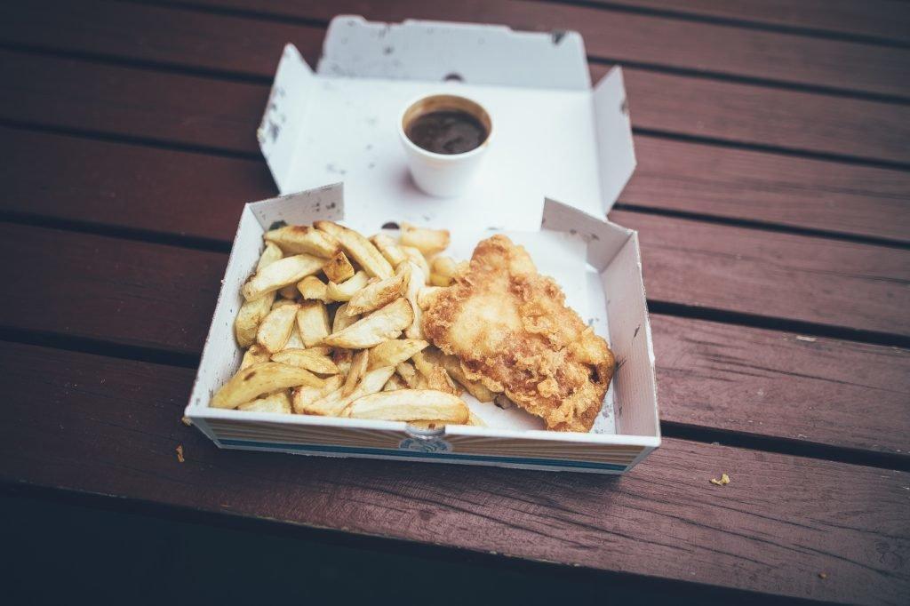 <figcaption>Fish & Chips</figcaption>