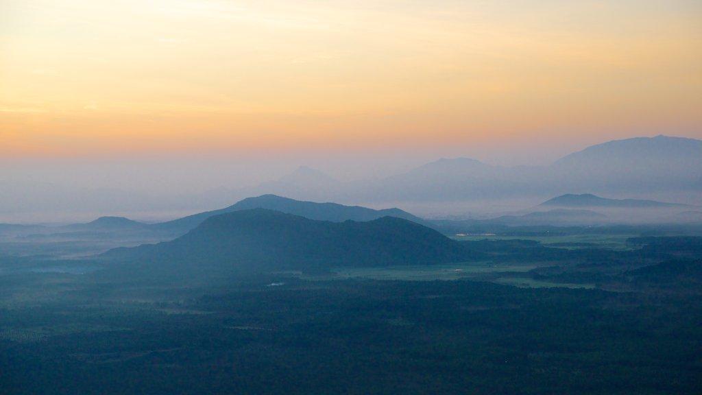 Kodaikanal showing landscape views and a sunset