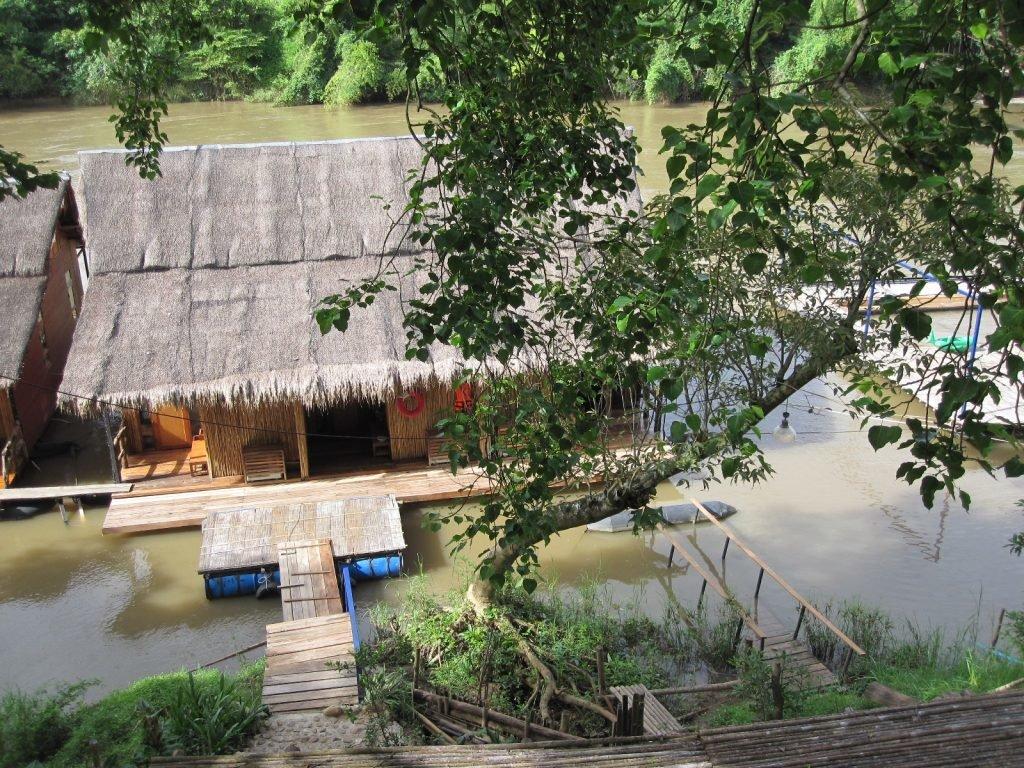 """Ein """"floating"""" Room in Thailand"""