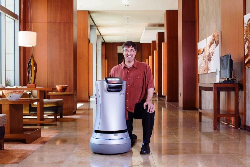 Zukunft des Reisens: Zimmerservice durch Roboter