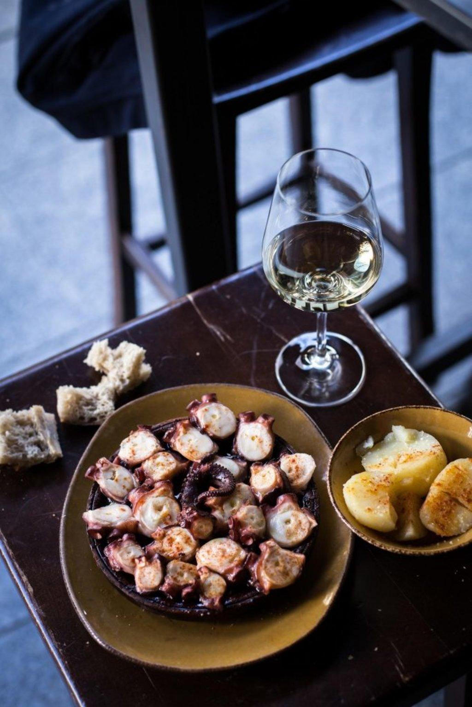 Meeresfrüchte und Wein