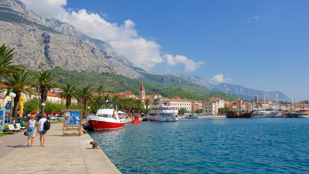 Makarska which includes mountains and general coastal views