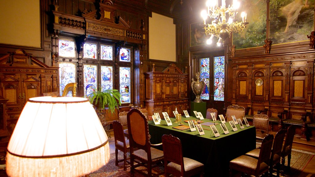 Peles Castle showing chateau or palace and interior views