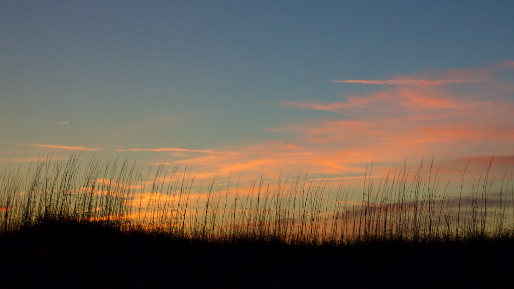 Outer Banks showing a sunset