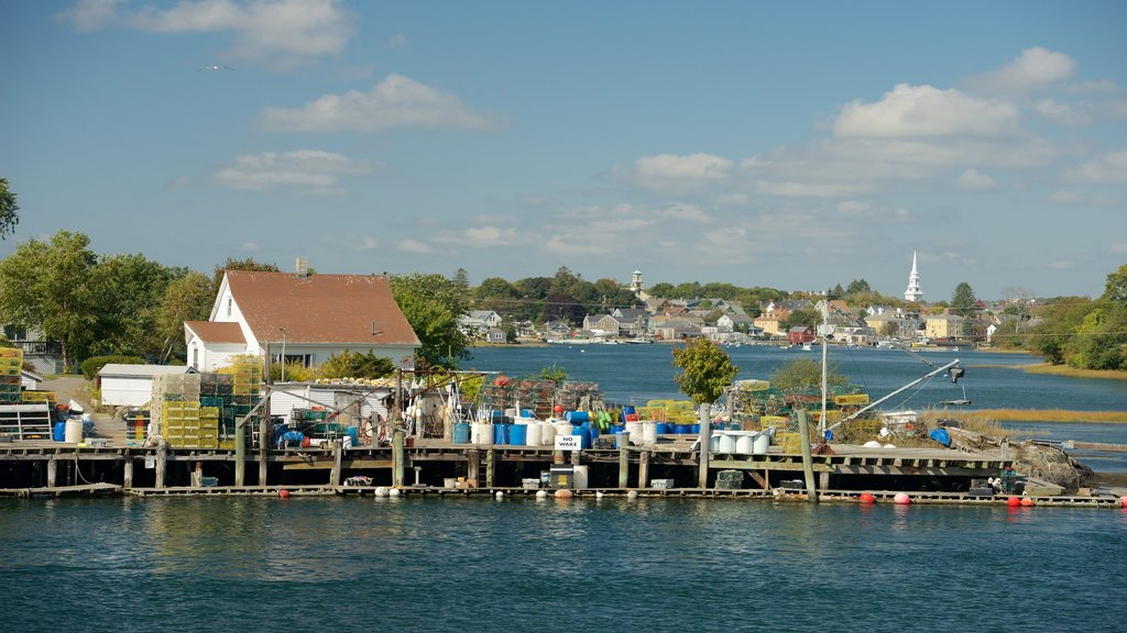 Portsmouth showing a coastal town and a bay or harbor