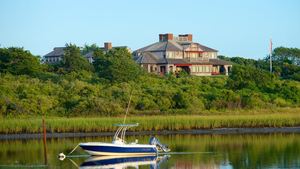 Chatham showing a house and boating