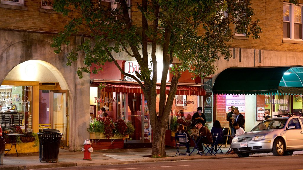Great Barrington showing central business district, cafe lifestyle and outdoor eating