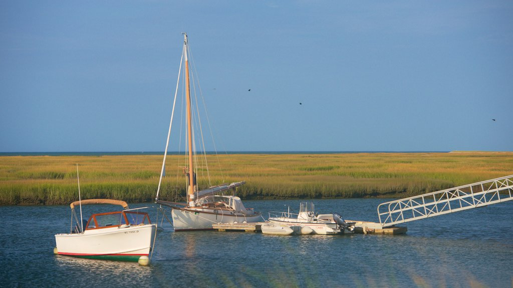 Hyannis which includes sailing, a marina and tranquil scenes