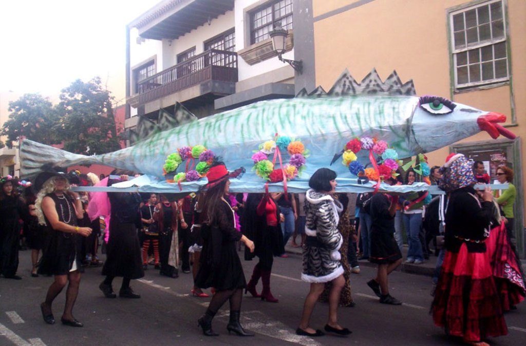 fish-carnaval.jpg