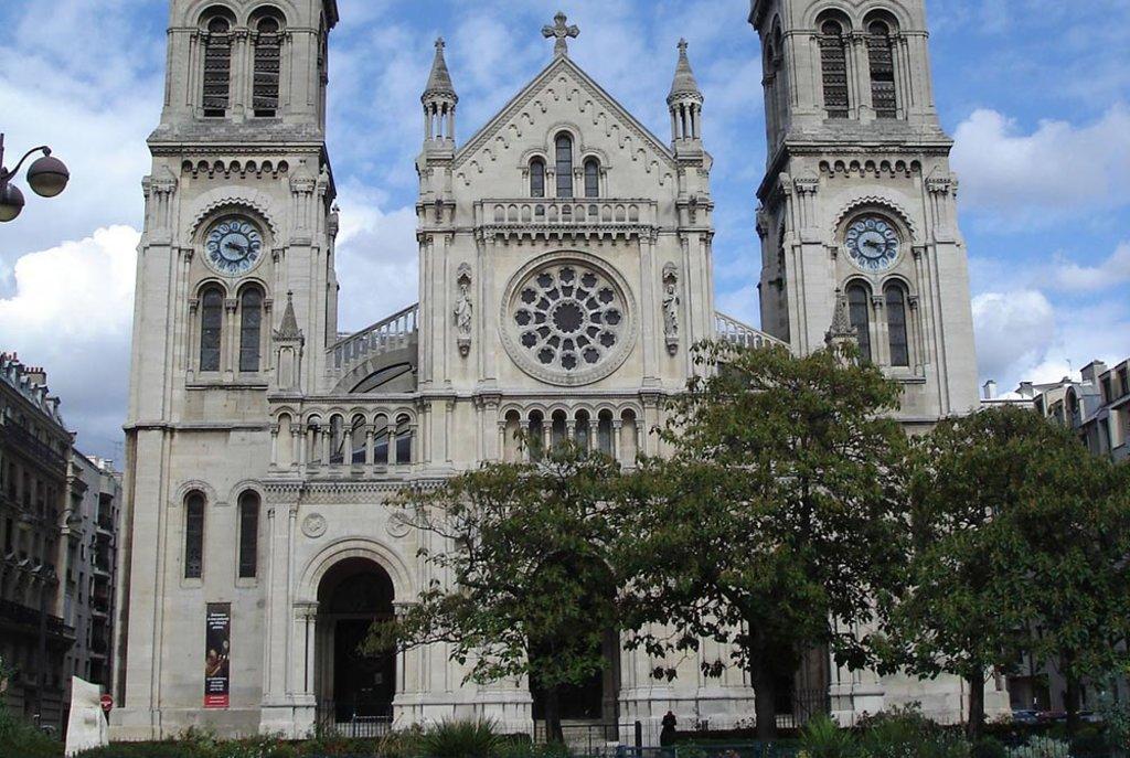 eglise-Saint-Ambroise - needs credit.jpg