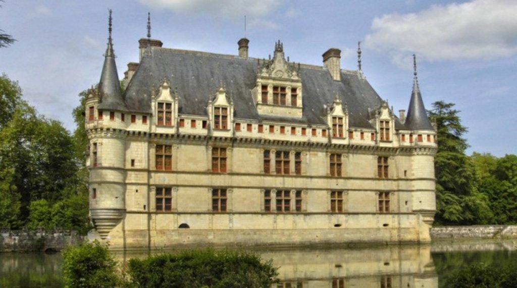 Chateau d'Azay-le-Rideau(1).jpg