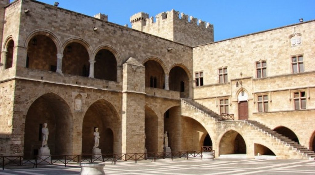grand_master_palace_rhodes_greece.jpg