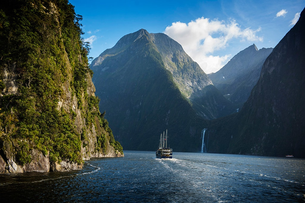 New-Zealad_Milford-Sound.jpg