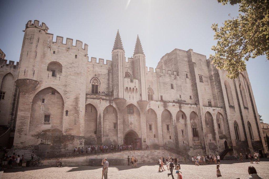 Expedia_CP_Avignon.jpg