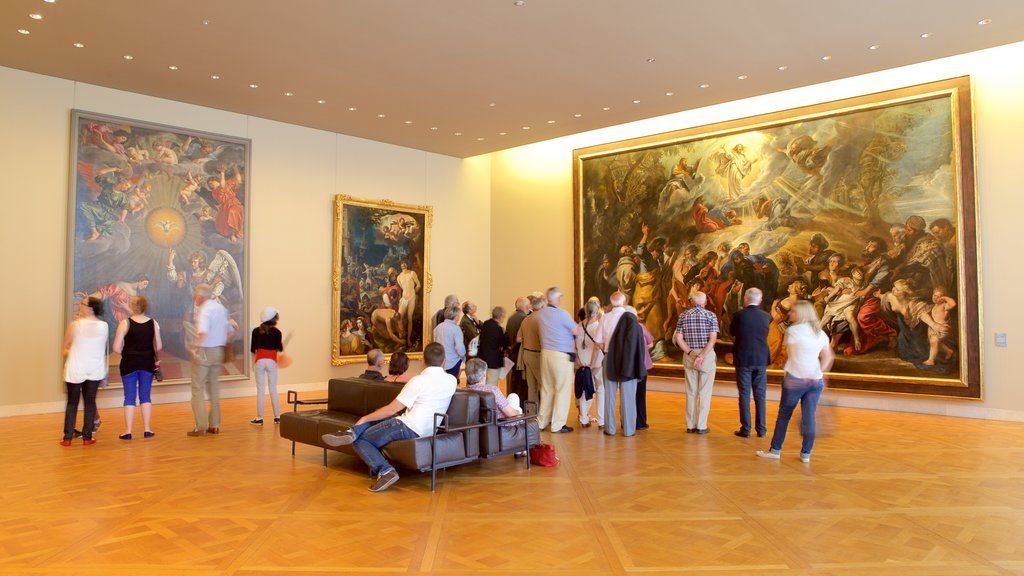 Musee des Beaux-arts as well as a small group of people
