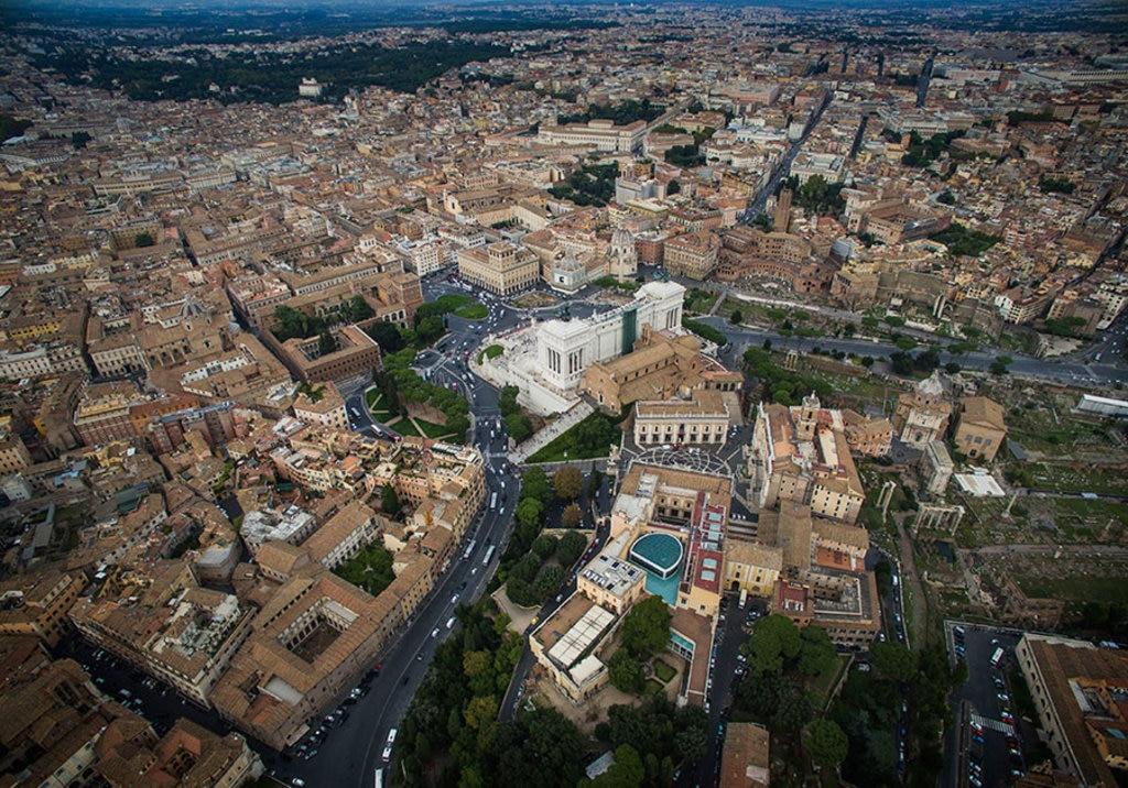 Rome-air.jpg