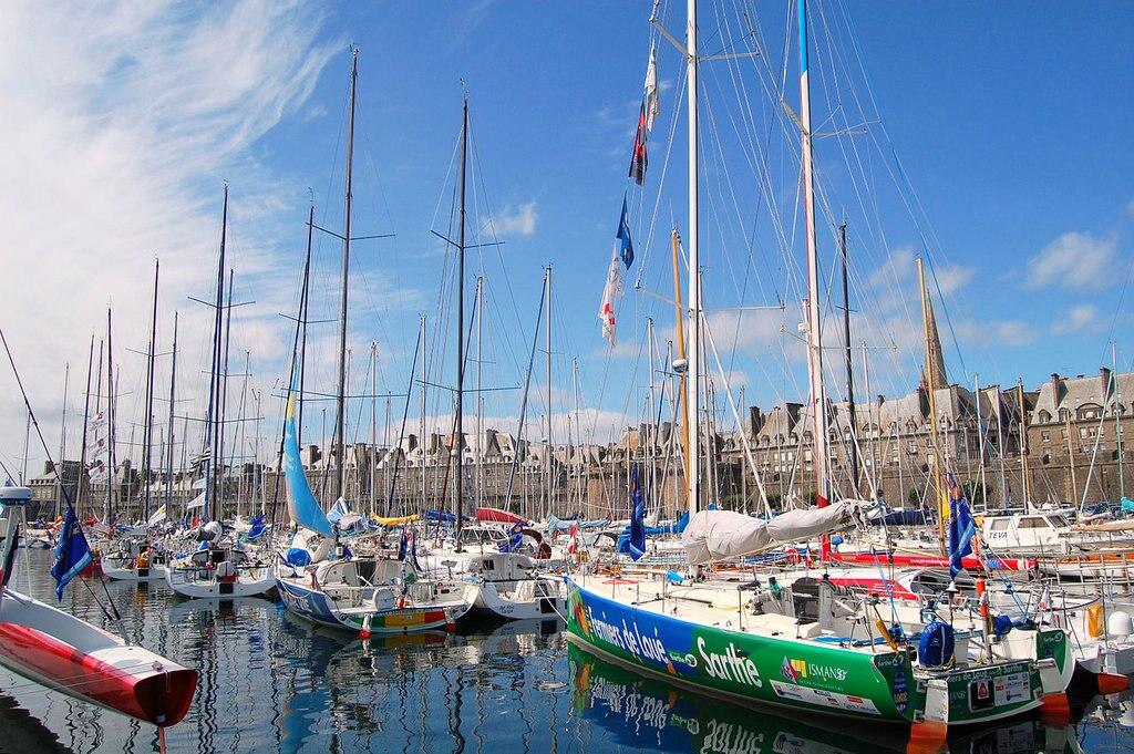 Saint-Malo port Pline CC BY-SA 3.0.jpg