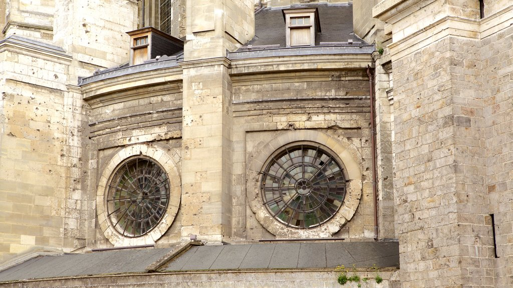 Notre Dame Cathedral which includes heritage elements