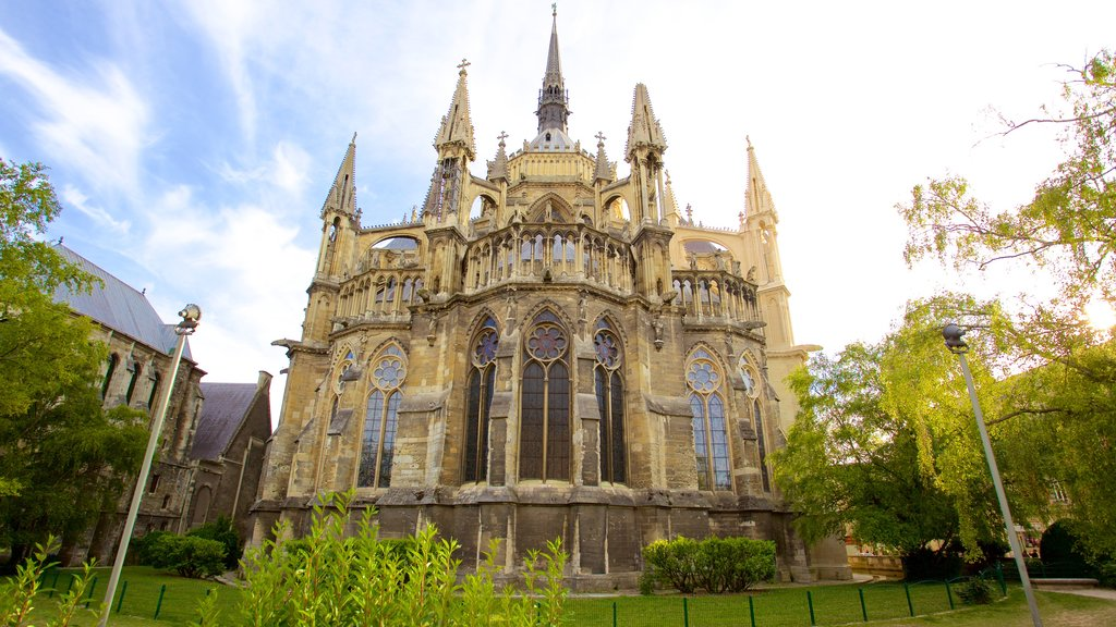 Reims Cathedral featuring heritage architecture, a church or cathedral and heritage elements