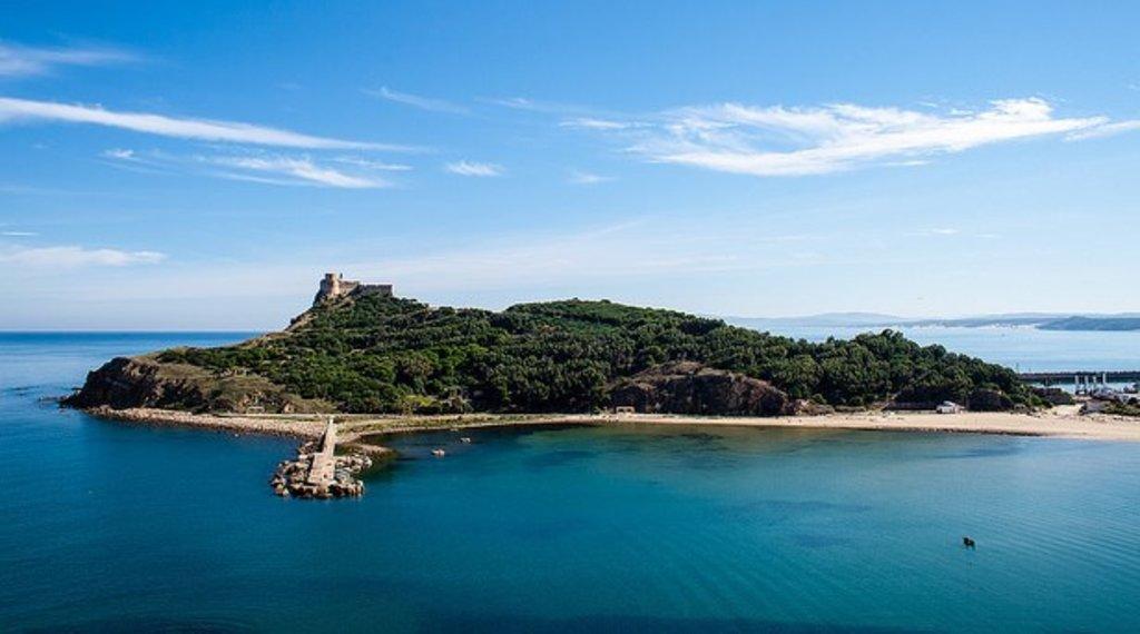 Île de Tabarka.jpg