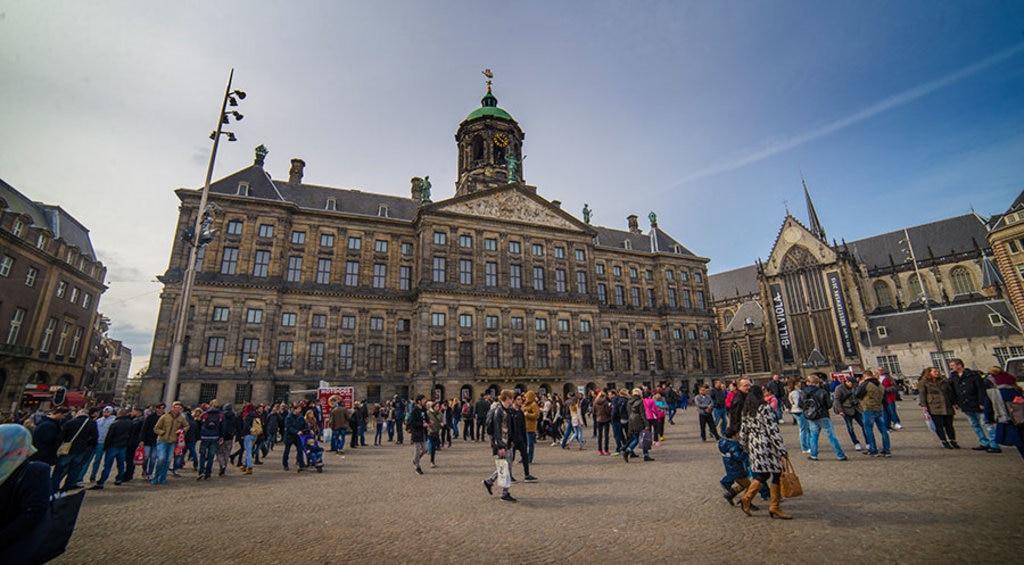 royal-palace.jpg
