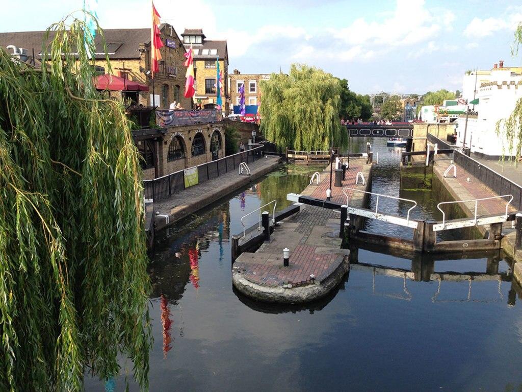 Camden-lock-CCommons.jpg
