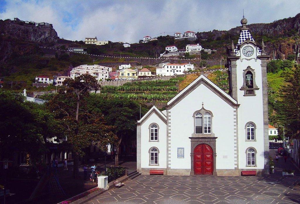 Eglise de Ribeira_Brava Marius Hoch CC BY-SA 3.0.JPG
