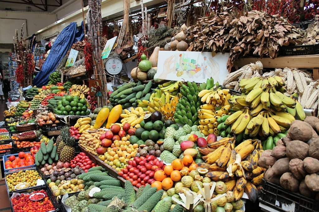 Marché aux fruits et légumes Madère DP.jpg