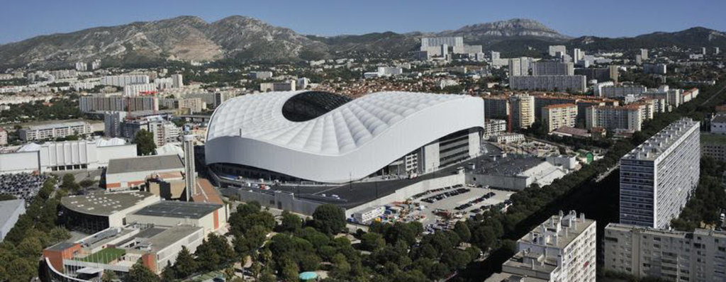 Stade_Vélodrome_Marseille.jpg
