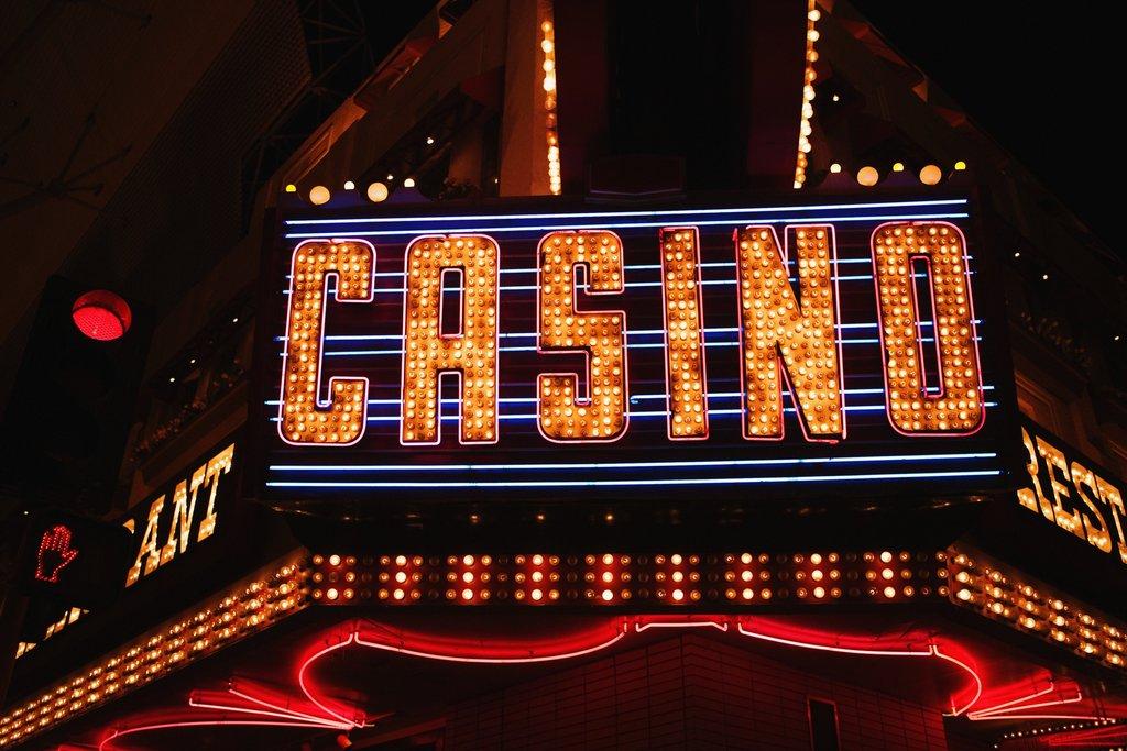 LasVegas_inthetraces of_casino_EDAM.jpg