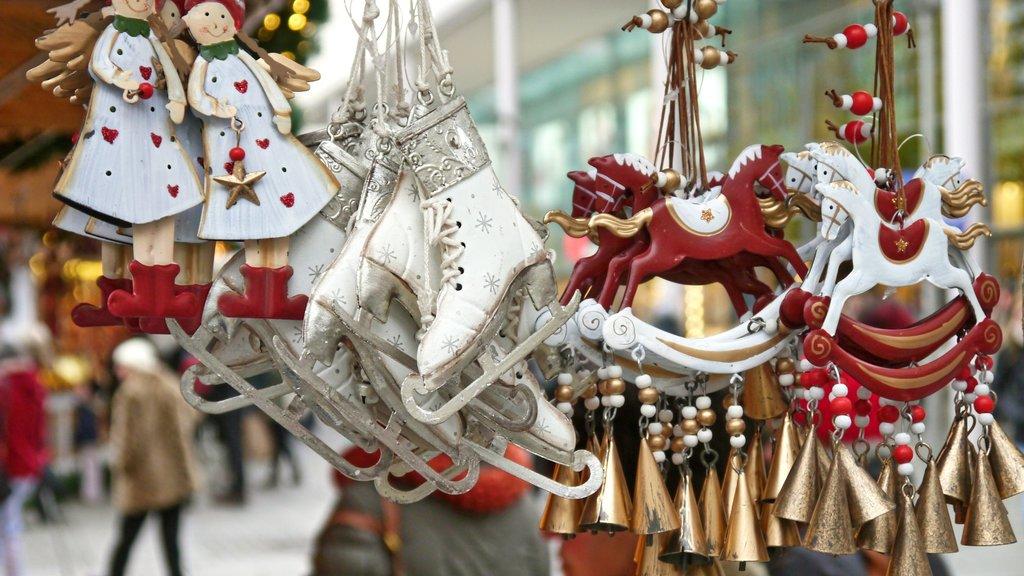 christmas-market-563199_1920.jpg
