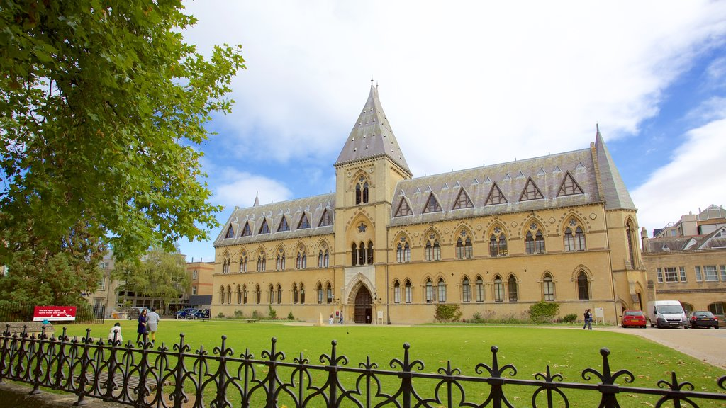 Oxford University Museum of Natural History which includes heritage architecture, heritage elements and a garden