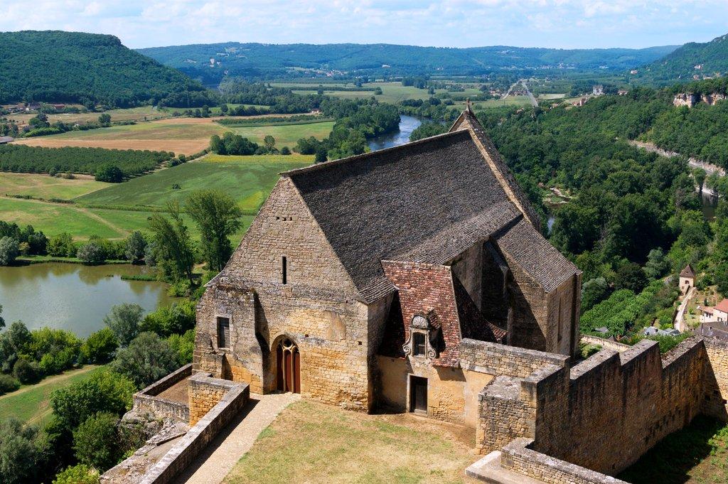 Château_de_Beynac_Chapelle_Dordogne_10.jpg