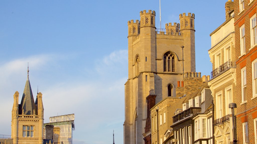 Cambridge which includes heritage architecture and heritage elements