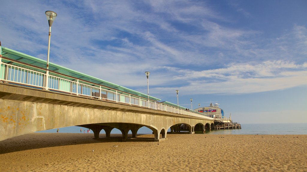 Bournemouth Pier which includes a beach