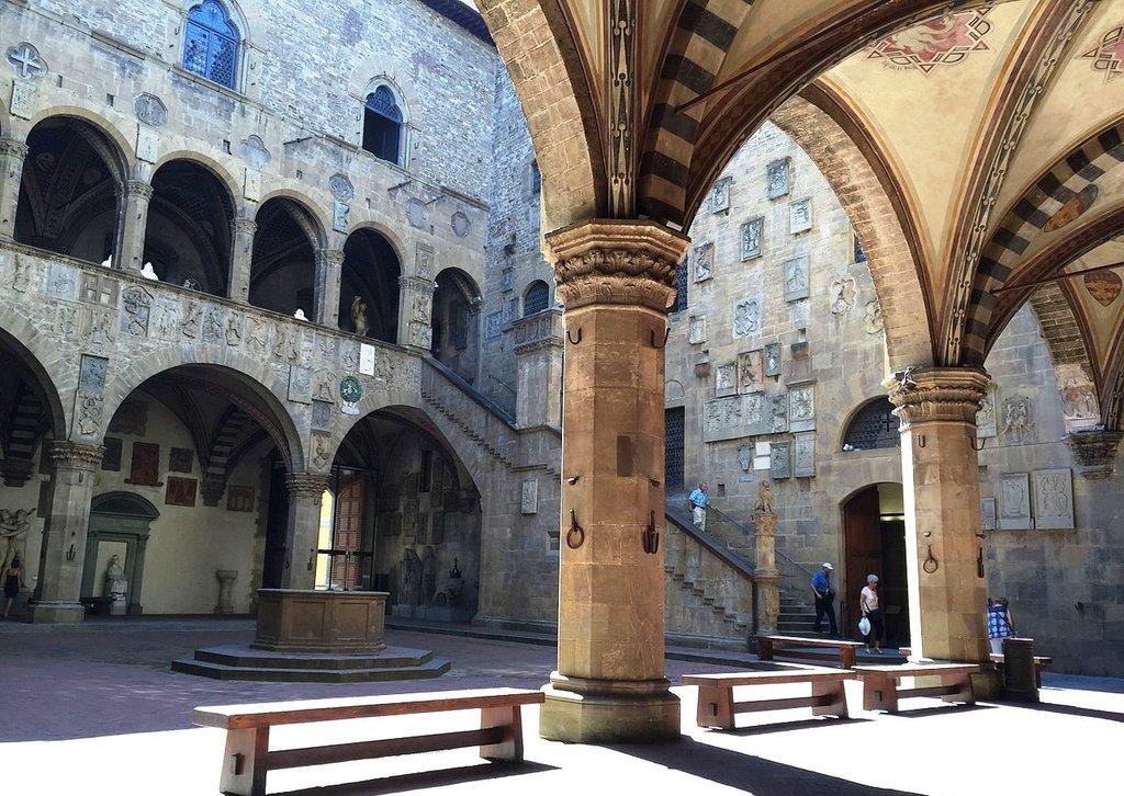 Musée Bargello Lauramcr92 CC BY SA 4.0.jpg