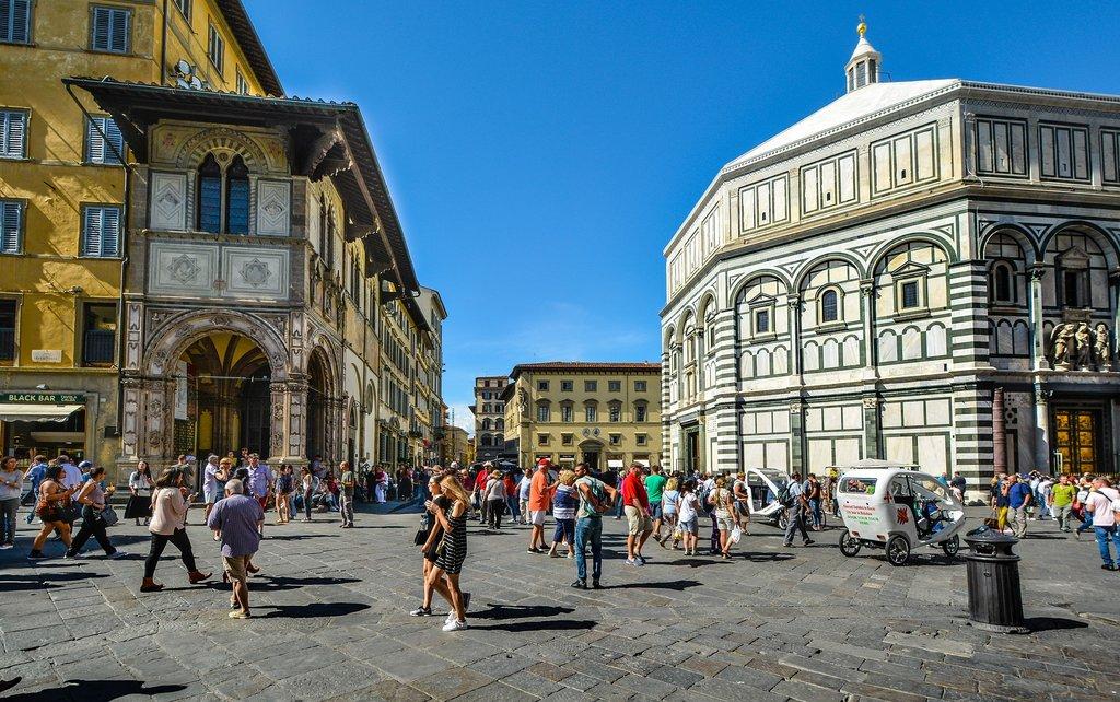Place Duomo Florence.jpg