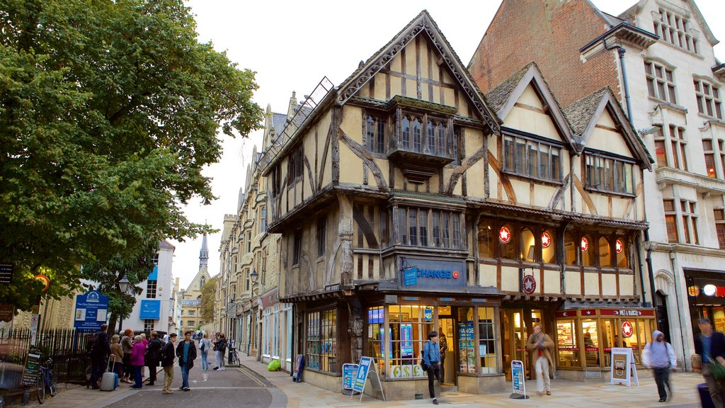 Oxford showing heritage elements and street scenes
