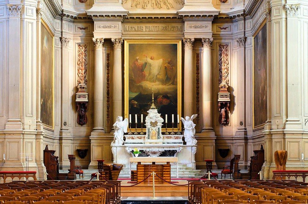 Église_Saint-Sauveur Arseni Mourzenko CC BY-SA 3.0.jpg