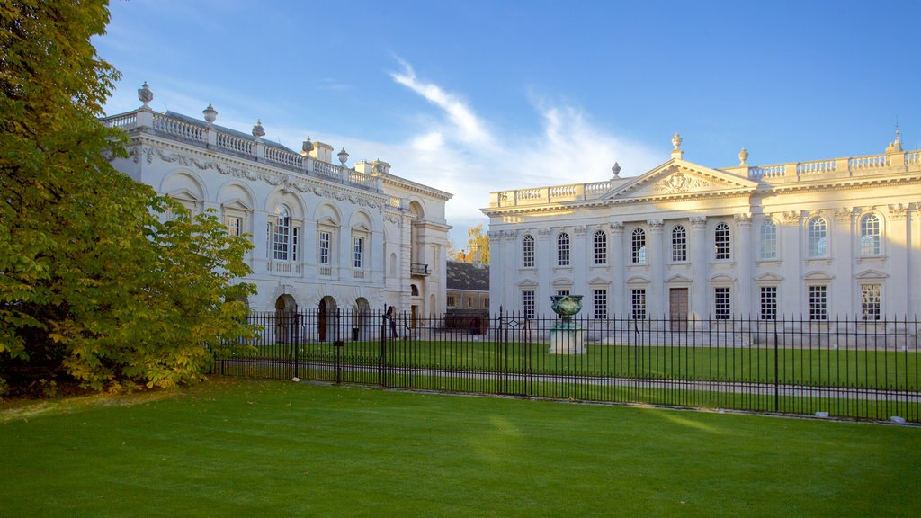 Senate House which includes heritage architecture, heritage elements and a garden