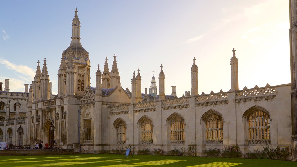 King\'s College Chapel featuring a church or cathedral, heritage architecture and heritage elements