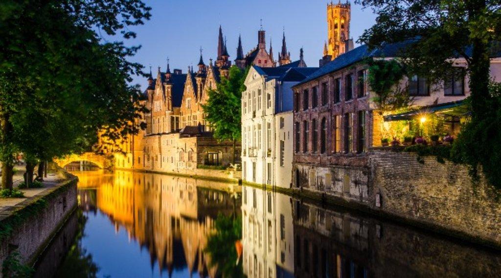 Bruges_art_EDAM.jpg