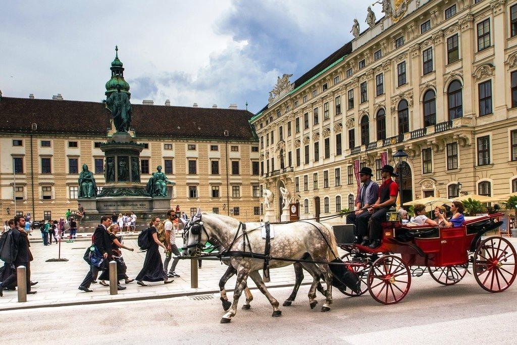 vienna-1544015_1920.jpg