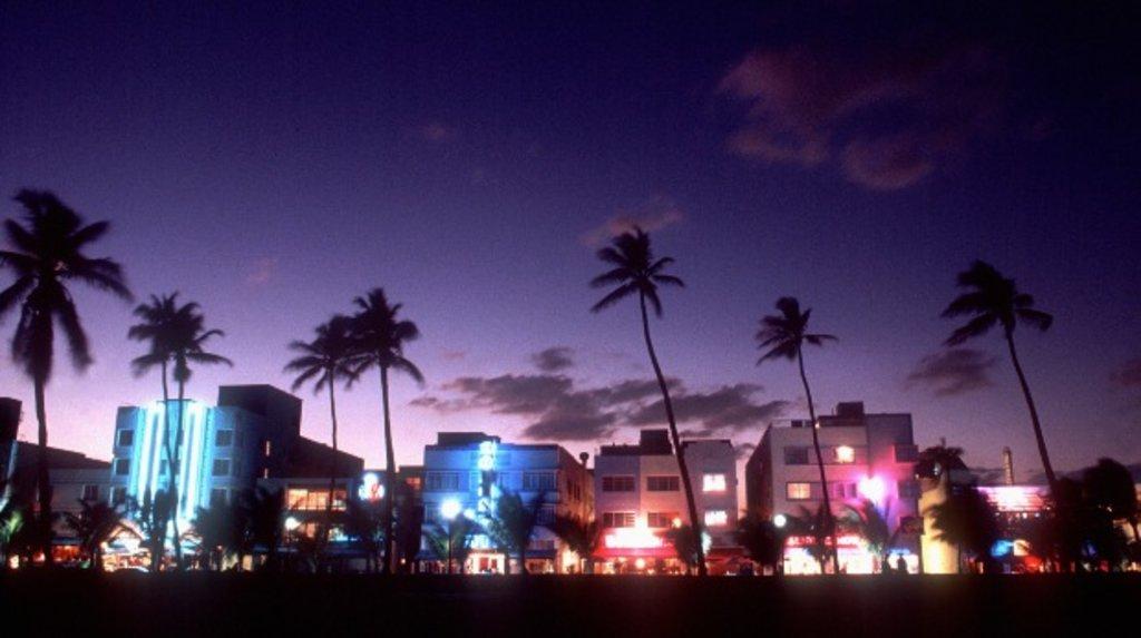 Miami_Gay_MiamiBeach_Shutterstock.jpg